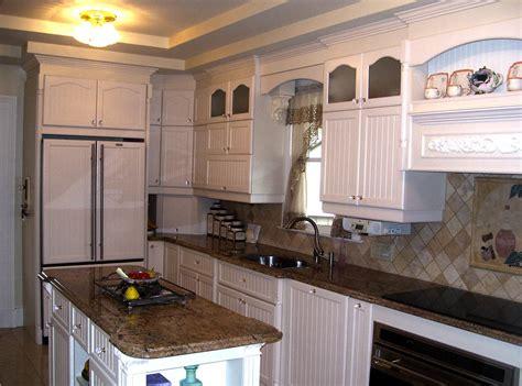 portes cuisine sur mesure cuisine chêtre ébénisterie 2000 cabinet