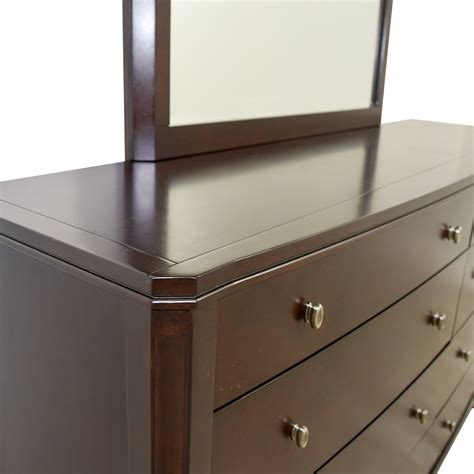floor mirror raymour and flanigan 88 off raymour flanigan raymour flanigan freeport dresser with mirror storage