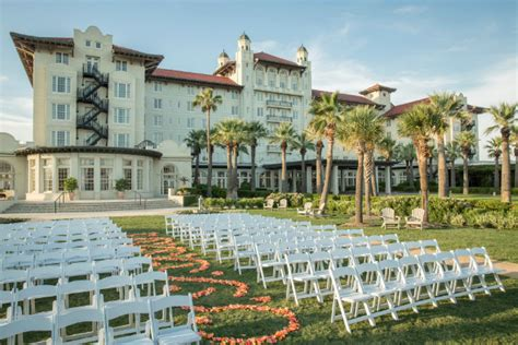It has recently had the mother of all. Find Haunted Hotels in Galveston Texas - The Hotel Galvez ...