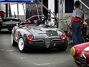 Sport Auto Classiques : alfa romeo giulia spyder race car alfa romeo pinterest voiture v hicules et voiture de sport ~ Medecine-chirurgie-esthetiques.com Avis de Voitures