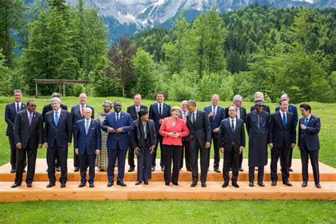worlds tallest  handsome president buhari