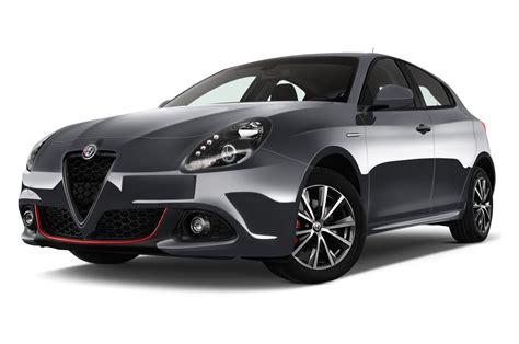 Alfa Romeo Julietta by Alfa Romeo Giulietta Rent Drive