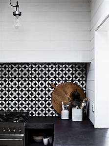 Adhesif Carreau De Ciment : pinterest 10 cr dences de cuisine inspirantes c t maison ~ Premium-room.com Idées de Décoration