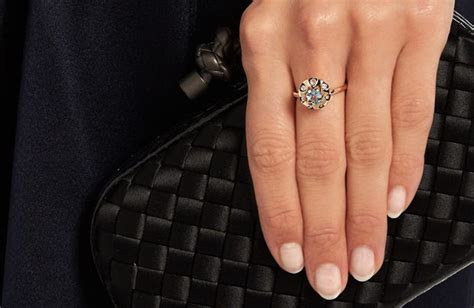 top trends  engagement rings