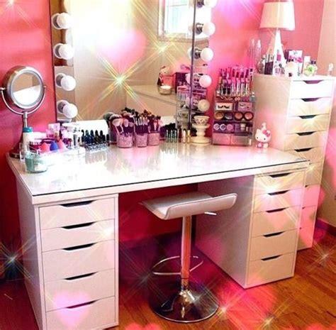 dream bedroom dressing table desk mirror fairy lights