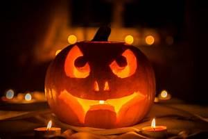 Halloween Kürbis Motive : halloween k rbis im kerzenschein 1 foto bild stillleben arrangierte szenen motive bilder ~ Eleganceandgraceweddings.com Haus und Dekorationen