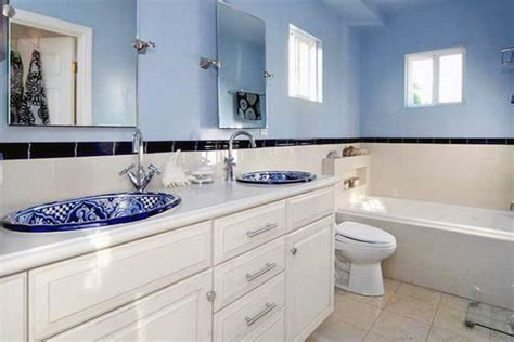 Decorating Ideas Blue And White Bathrooms by Blue White Bathroom Decorations
