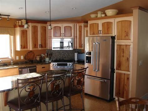 2 tone kitchen cabinets photos bloombety two tone kitchen cabinets picture two tone
