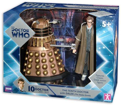 toys    doctor  dalek merchandise guide
