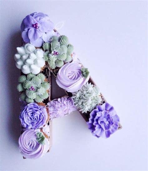 floral monogram cupcakes monogram cupcakes cake lettering pull  cupcake cake