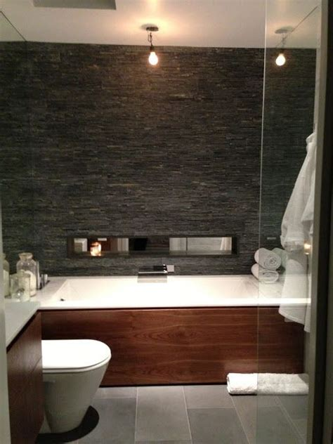 Bathroom Slate Tile Ideas by 25 Best Ideas About Slate Bathroom On Slate