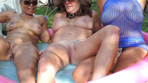Filipino Milf With Friends At Nudes A Poppin 2019 Porn A0