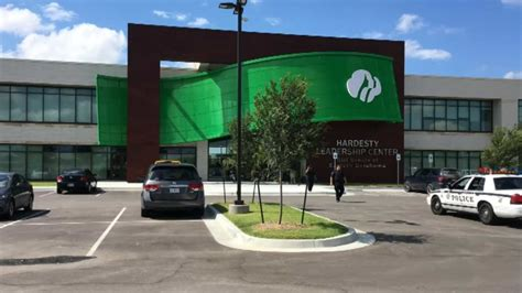 girl scouts  oklahoma unveil  leadership center news