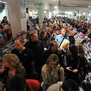 HMV is Britain's biggest retailer of physical music again ...