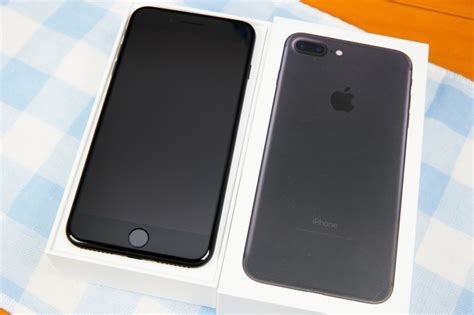 iphone 7 plus 深黑色開箱 搭載雙鏡頭 不一樣的 home 鍵觸感 就是教不落
