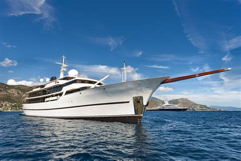 Yacht Greece by Motor Yacht Chakra Available For Charter In Greece Yacht