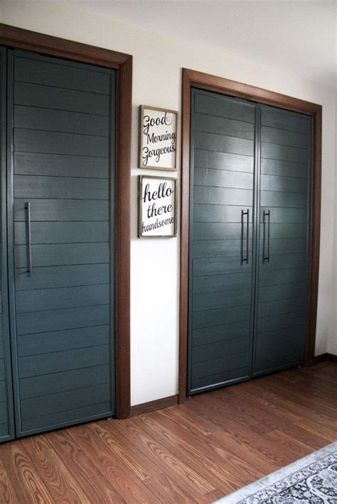 collapsible closet doors best 25 folding closet doors ideas on