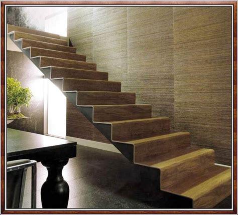 Gewendelte Treppe Fliesen Anleitung  Fliesen  House Und