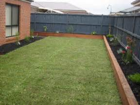 Flower Bed Landscaping Ideas Picture