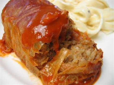 mennonite girls  cook cabbage rolls