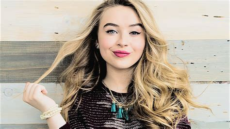 30+ Sabrina Carpenter Wallpapers Hd