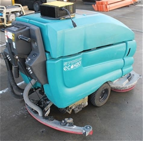 tennant floor scrubber australia tennant 5700xp eco h2o mobile floor scrubber vacuum with