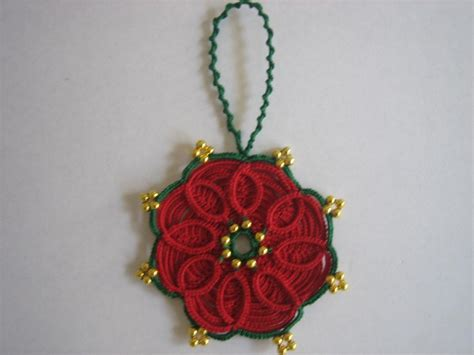 christmas ornament from tatted daisy pattern tatting
