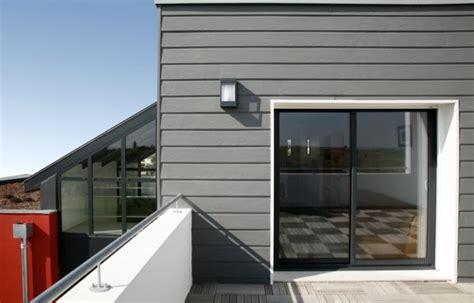 maison bardage bois gris bardage gris sur