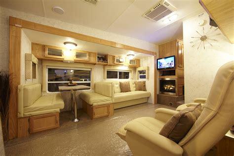 Wohnwagen Innenausstattung by Light Caravan Interior Decor Inspirations Modern Caravan