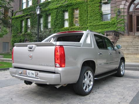 cadillac escalade ext reviews cadillac escalade ext price 2009 cadillac escalade ext photo gallery cars photos