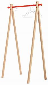 Design Kleiderständer Holz : dress up kleiderst nder l 90 cm holz natur kleiderstange orange by nomess made in design ~ Michelbontemps.com Haus und Dekorationen