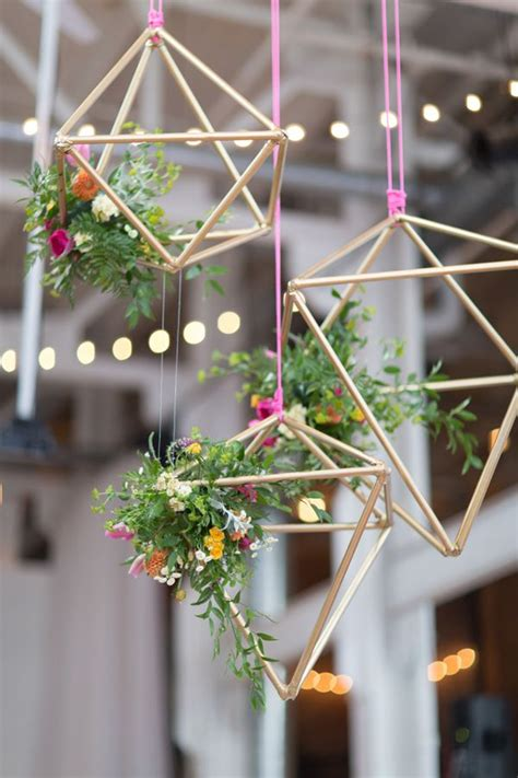 hanging floral centerpieces easy diy wedding decorations on low budget