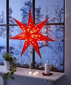 Stehlampe Aus Papier : stehlampe mit rotem papier schirm in der form eines sterns ~ A.2002-acura-tl-radio.info Haus und Dekorationen