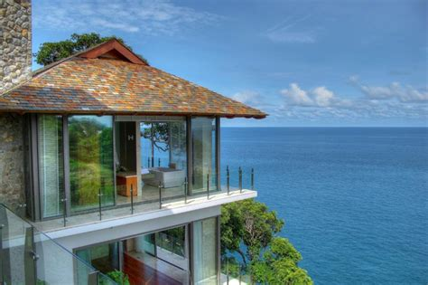 Beautiful House Overlooking The by Beautiful Homes On The Cliff Villa Liberty Architecture