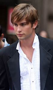 Chace Crawford Profile| Biography| Pictures| News