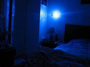 Blue light in bed room - Lifestyle & Culture Photos - sama