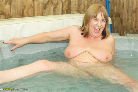 Watch mature Sauna Jacuzzi Porn In Hd Photo Daily Updates