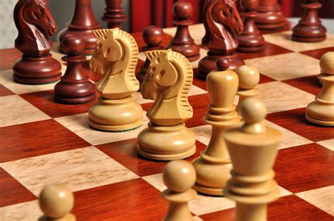 mahogany chess set the dubrovnik chess set pieces only 3 75 quot king 3945