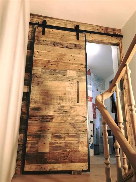 Wood Pallets Wall Art And Sliding Door for Bathroom   Wood