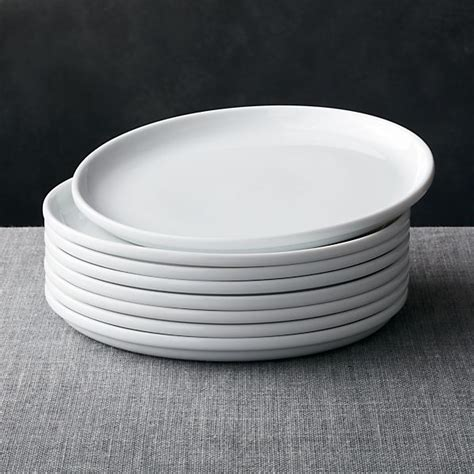 Set of 8 Logan Stacking Dinner Plates in Dinner Plates