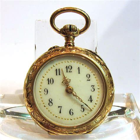 vente et achat de montres anciennes 75 montre de poche en or 92 bijoux anciens