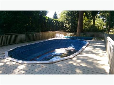 15 X 30 Oval Above Ground Pool Central Saanich, Victoria