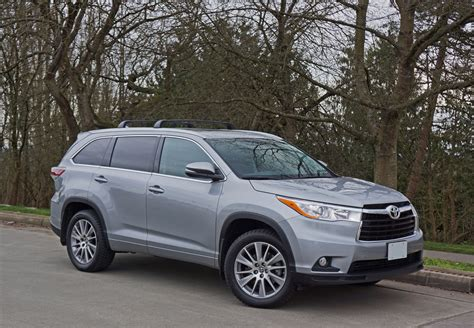 Toyota Highlander Reviews by 2016 Toyota Highlander Xle Awd Road Test Review The Car