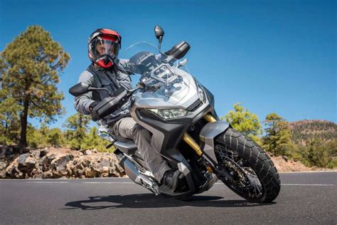 honda  adv review total motorcycle