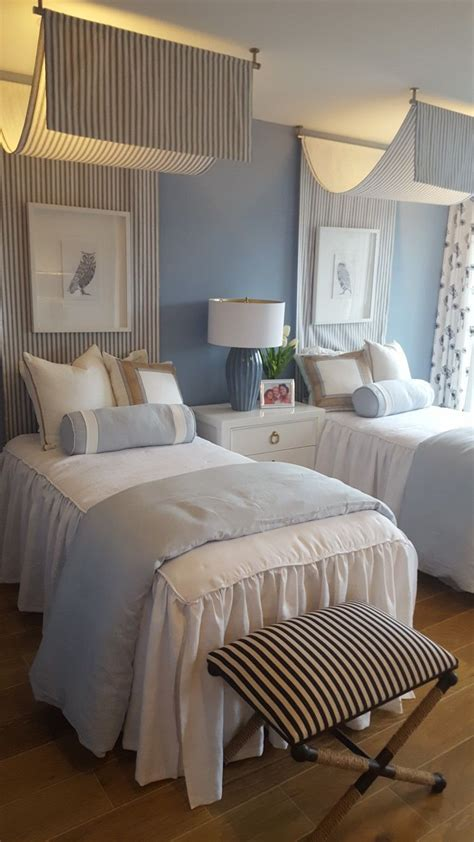 guest room  twin beds twin girl bedrooms small