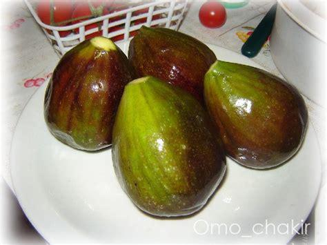 cuisiner des figues fraiches figues fraîches rôties au miel et noix la cuisine d 39 omo