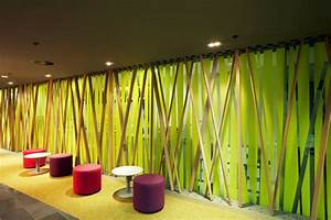 Office interior stunning natural office workspace for Interior design grass wall