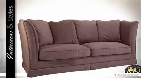 canapé couleur canapé 3 places tissu couleur chataigne avec coussins
