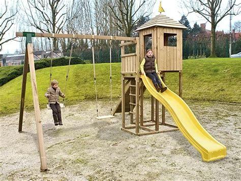 jeux en bois extérieur jeux pour enfants am 233 nagements d ext 233 rieur bois jardins