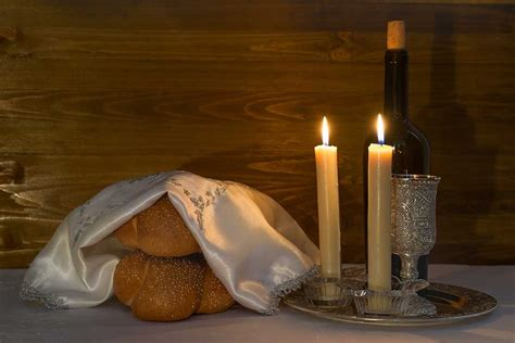 chabad candle lighting the weight of shabbat discover fruits of zion